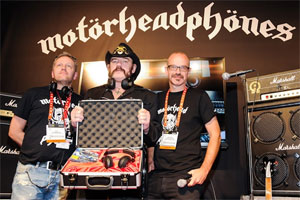 Vince Neil rocks out with Lemmy for CES at Girls Girls Girls in Las Vegas