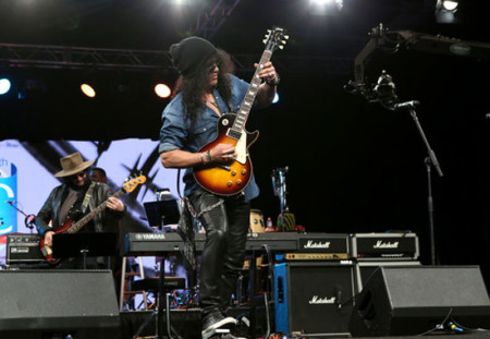 Guitarist Slash attends the NAMM Tec Awards at the Anaheim Hiltonon on January 24, 2015 in Anaheim, California. (Photo by Jesse Grant/Getty Images for NAMM)