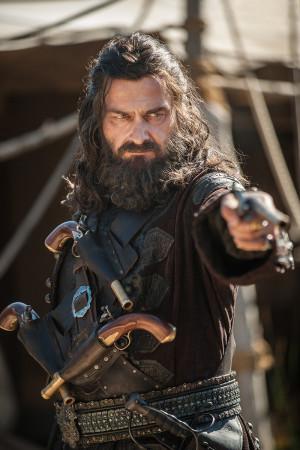 blackbeard_ray_stevenson