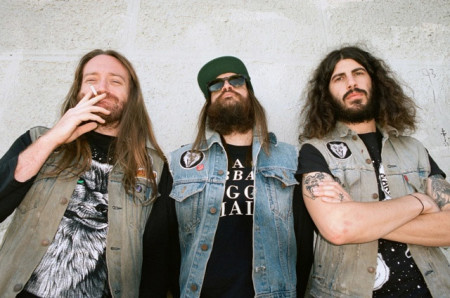 (L to R: Courtland Murphy (bass), Jeff Murray (drums) and Josh Landau (guitar / vocals)