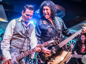 Johnny Depp, Gene Simmons, Nuno Bettencourt and More Perform at Lucky Strike Live