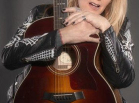 LITA FORD Teams Up With PledgeMusic For New Album and Book