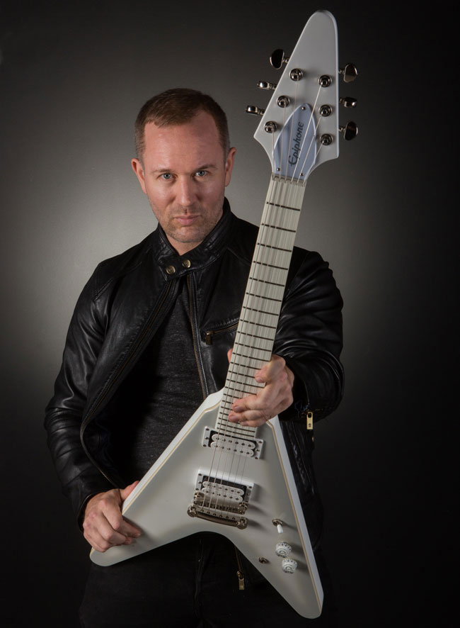 Epiphone Limited Edition Brendon Small Snow Falcon ...